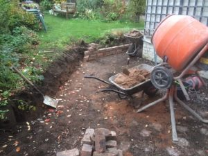 retaining wall and patio work